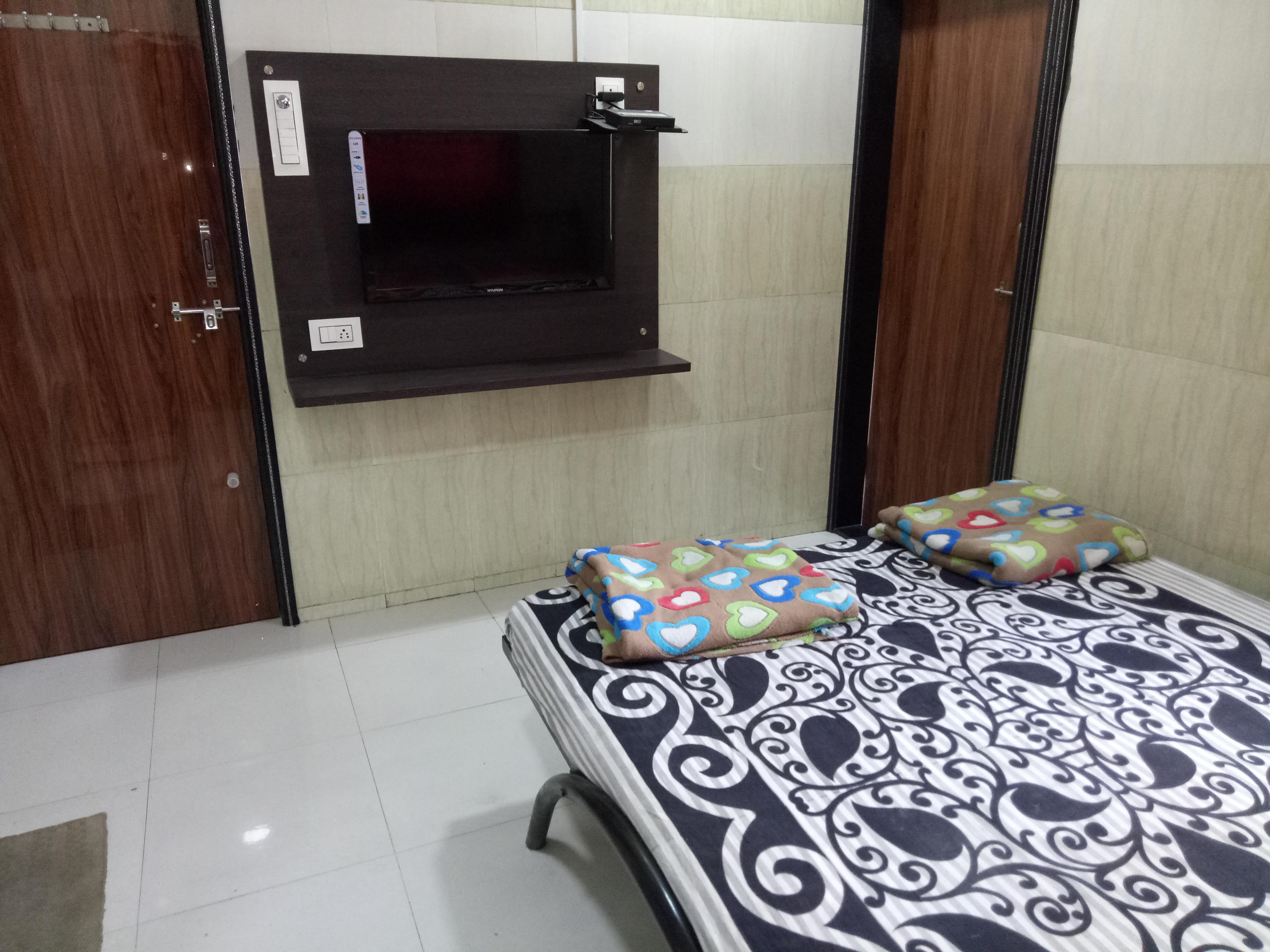 Hotel Tanishq Lodging_image1